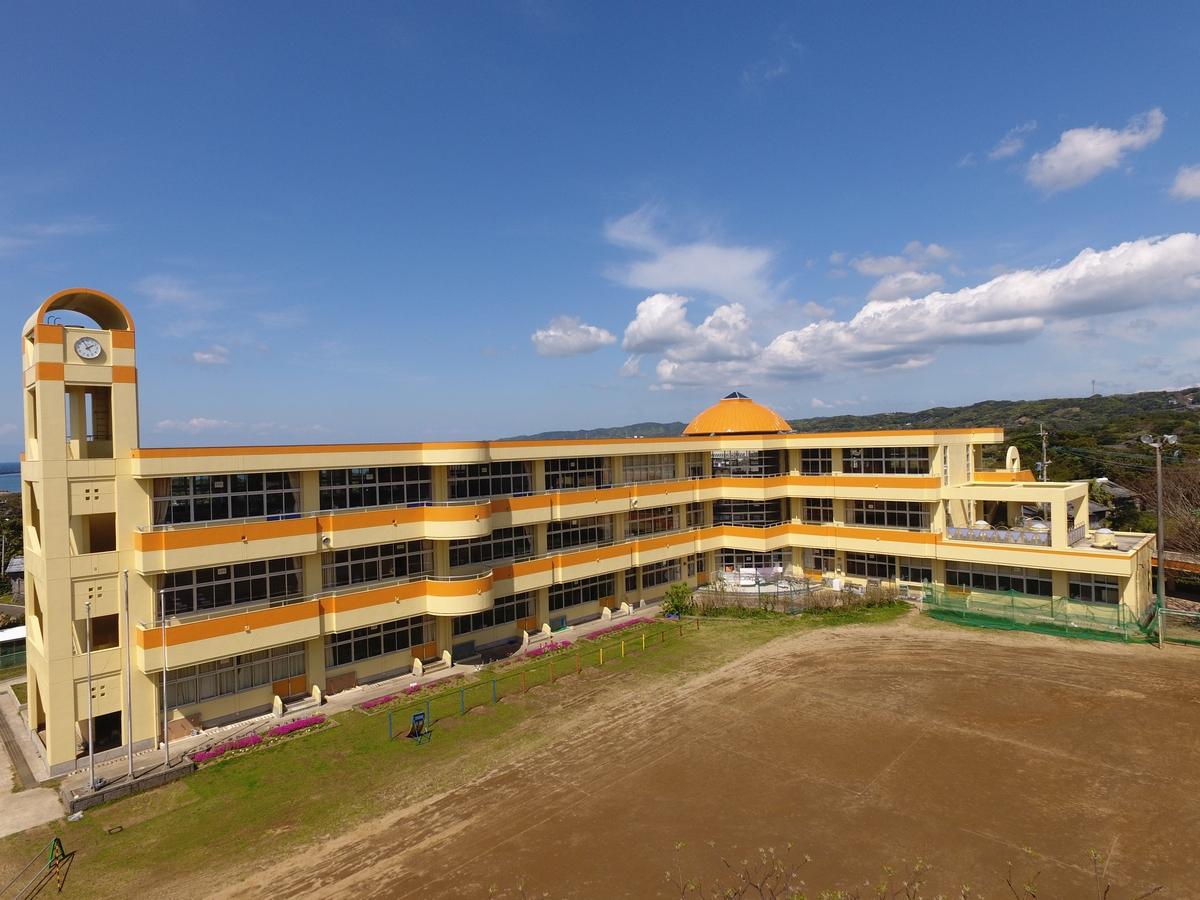 施工実績 |下西小学校校舎外壁塗装改修工事